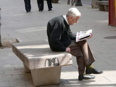 """""""The Many Dimensions of Economic Vulnerability. The Cases of Older People in France, Italy, Portugal and Spain"""""""